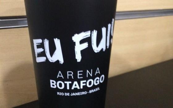 """Botafogo vende quase 17 mil copos """"sustentáveis"""" na arena"""